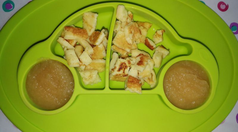 Eier/-Pfannkuchen mit Apfelmus